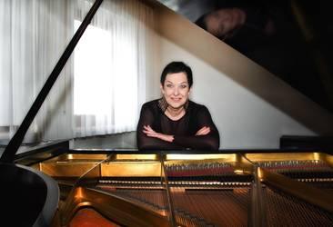 Pianistin Colani - Vita